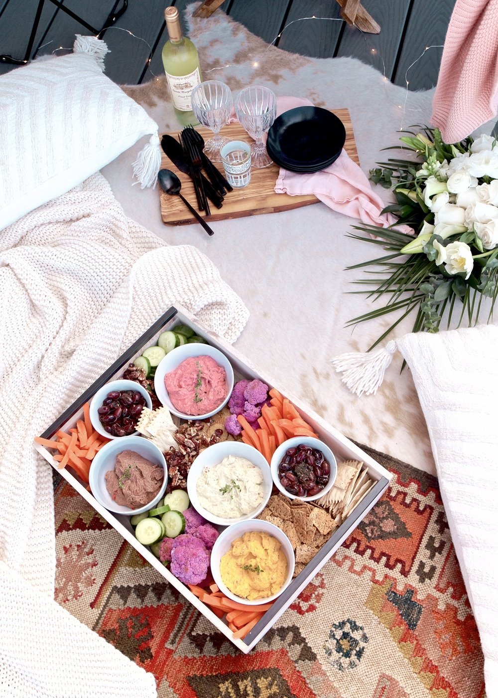 Hummus Happy Hour Spread | A Fabulous Fete
