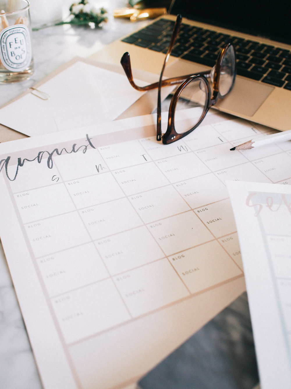 How I use editorial calendars for blog and social content | A Fabulous Fete