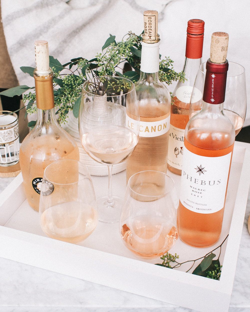 Hosting our own rosé tasting at home on the blog | A Fabulous Fete