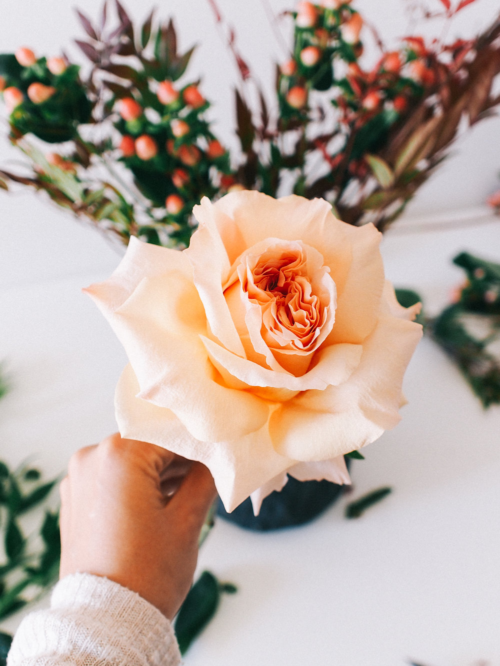 How to open roses so that they fill out your arrangement  | A Fabulous Fete