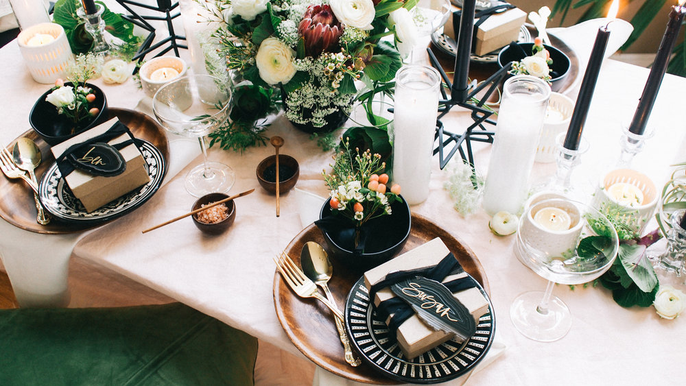 Color palette ideas for your holiday party | A Fabulous Fete