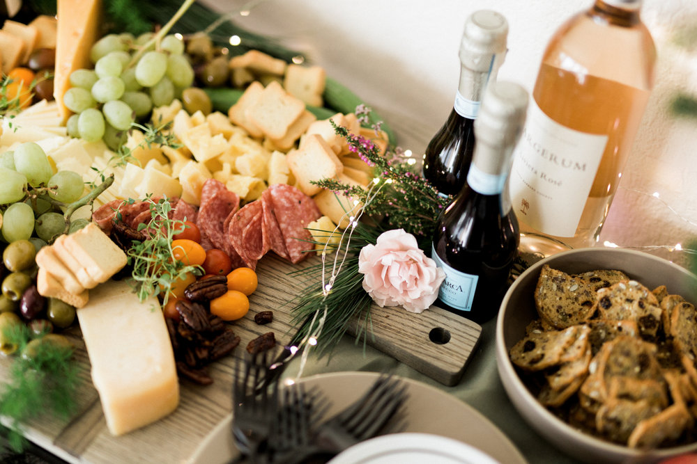 The easiest cocktail party spread | A Fabulous Fete