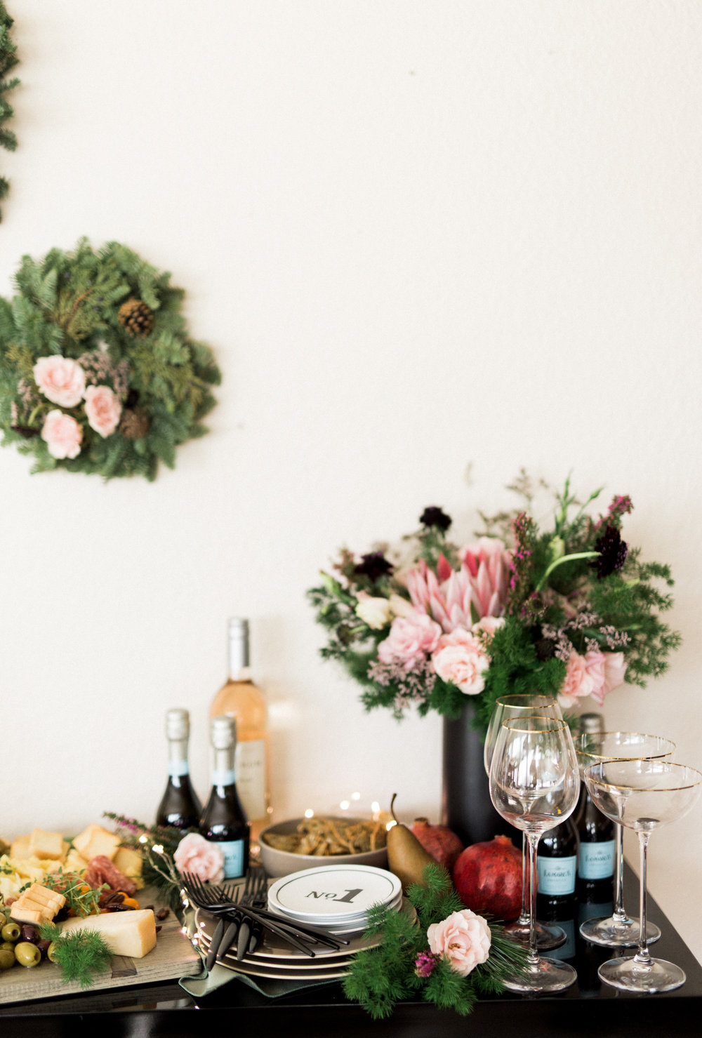 Holiday party at home | A Fabulous Fete