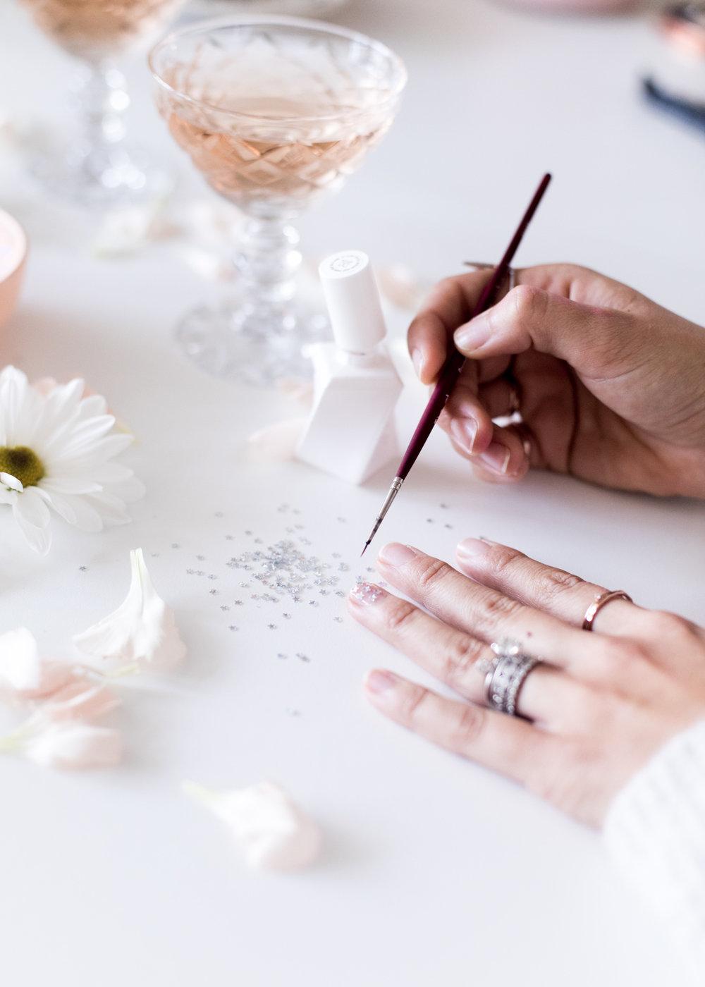 Confetti Star Manicure | A Fabulous Fete