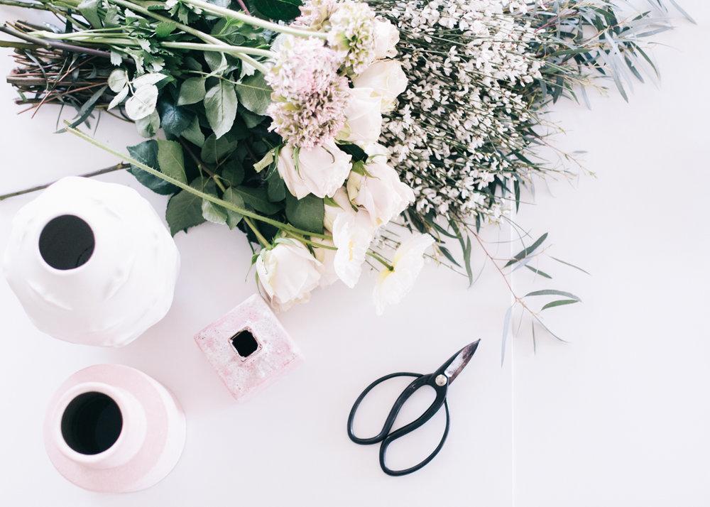 Floral Arrangement: A How-To   A Fabulous Fete