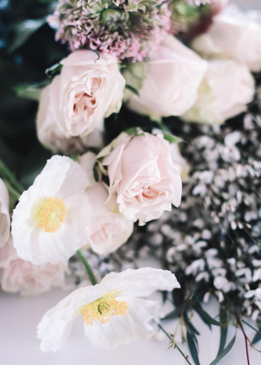 DIY Floral Arrangement | A Fabulous Fete
