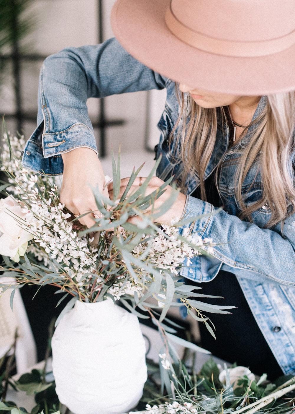 Simple DIY Floral Arrangement | A Fabulous Fete