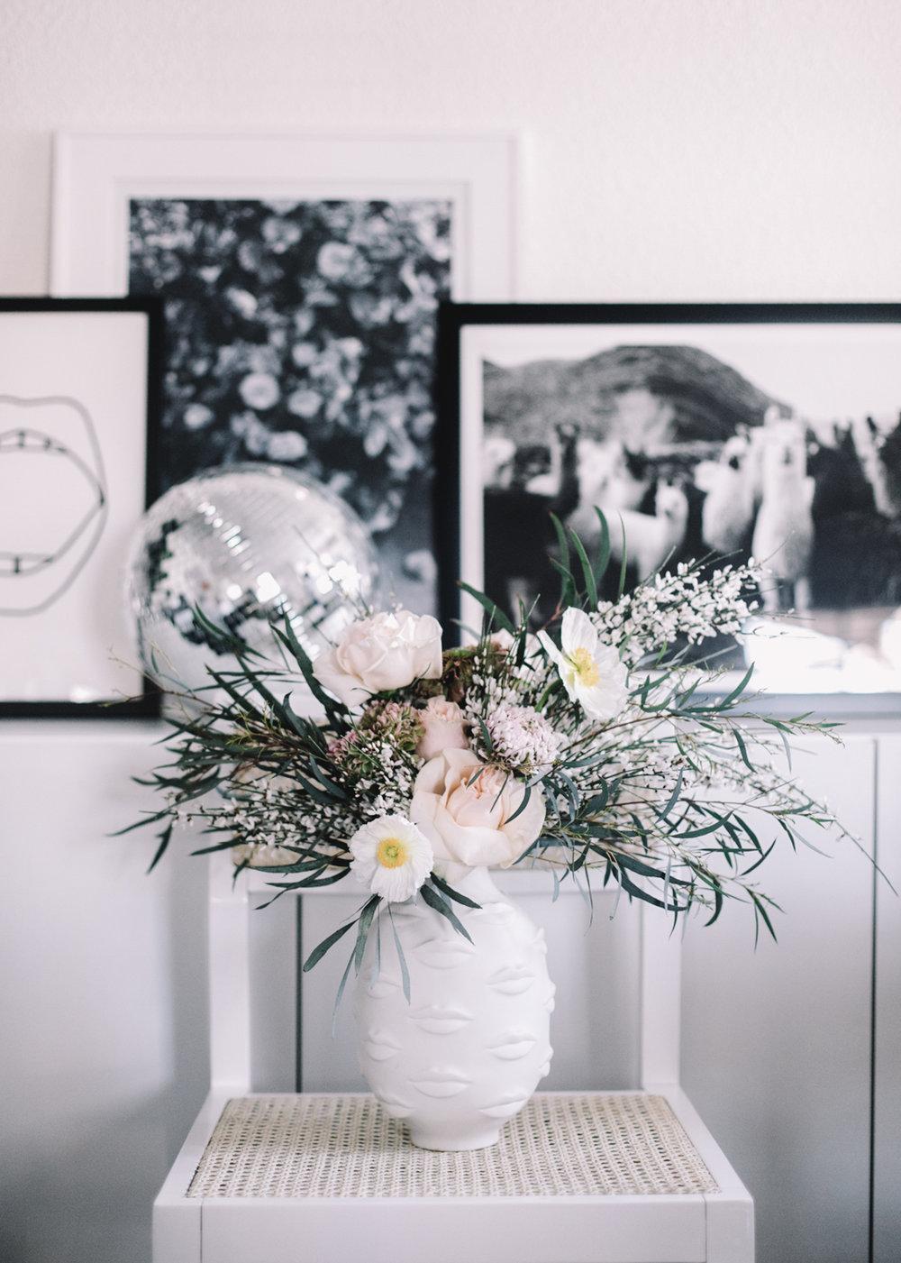 Simple Flower Arrangement | A Fabulous Fete
