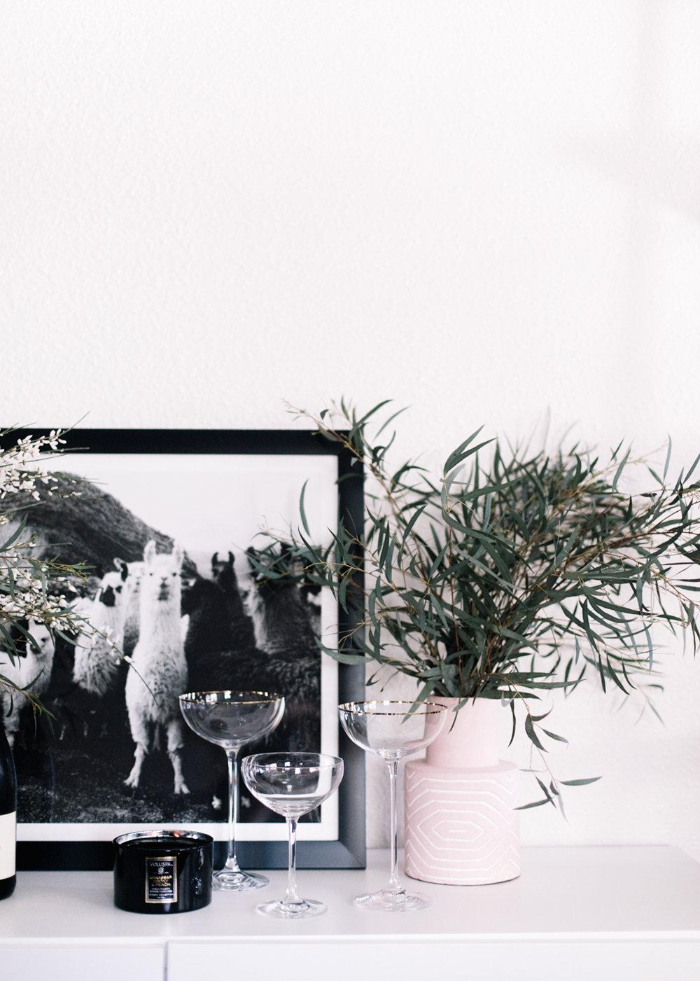 Quick and Easy Floral Arrangement | A Fabulous Fete