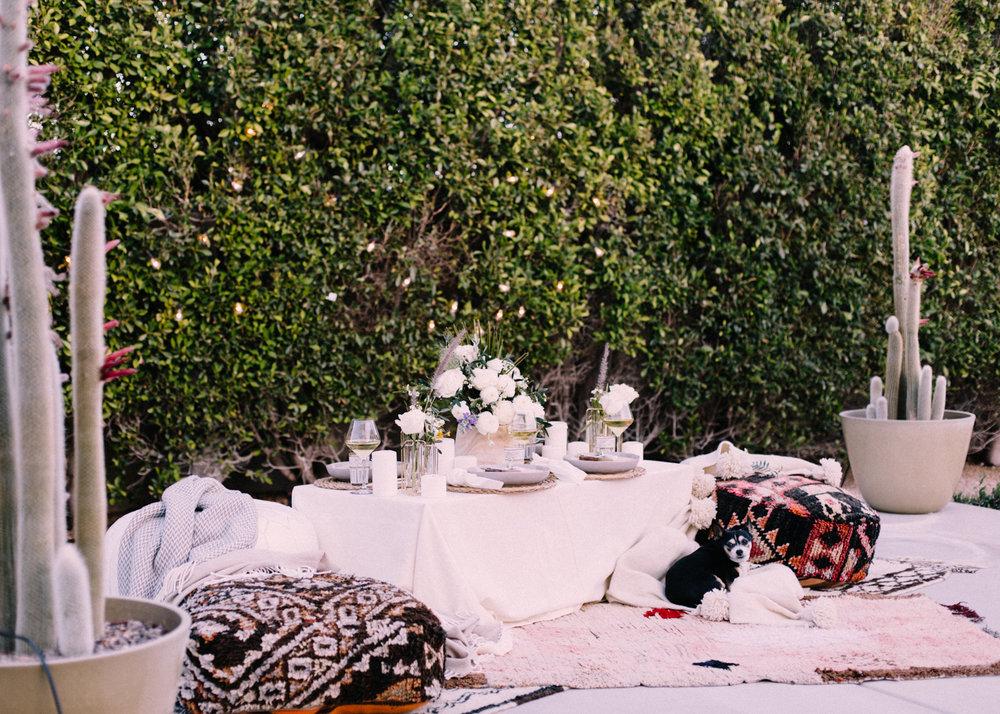 Host an Outdoor Dinner | A Fabulous Fete