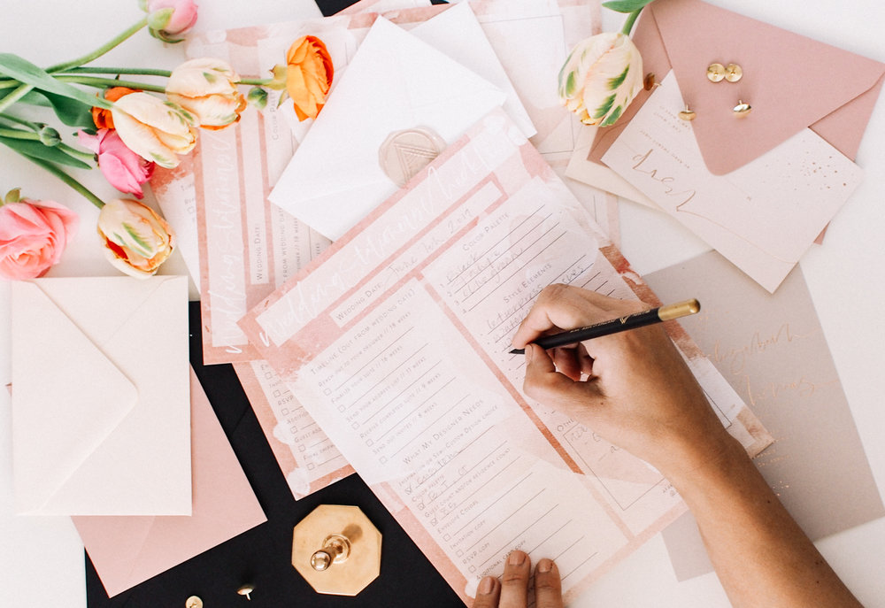 Your FREE Wedding Invitation Checklist | A Fabulous Fete