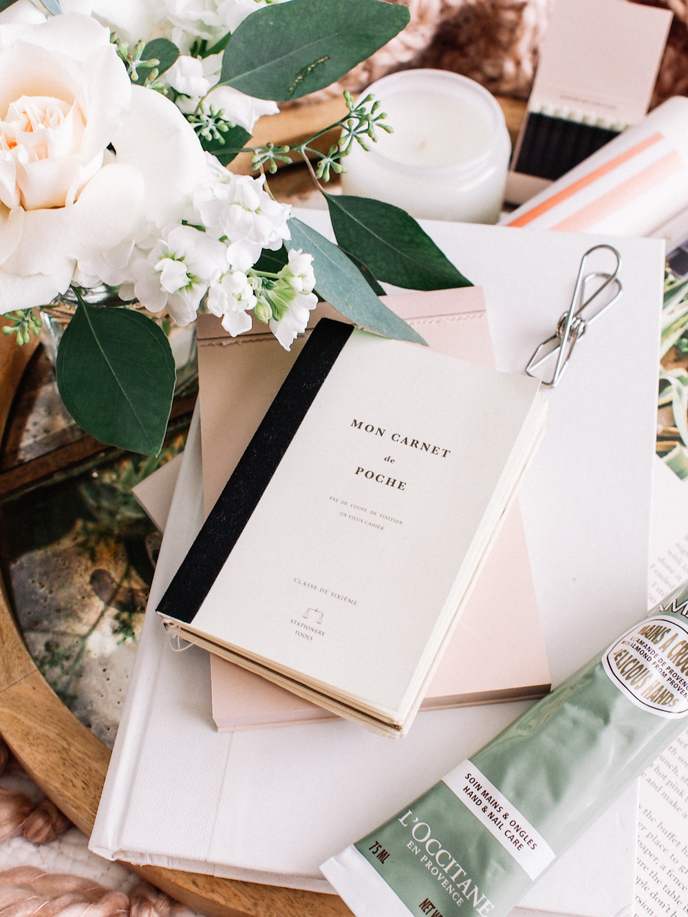 How to make you house guests feel comfortable | A Fabulous Fete