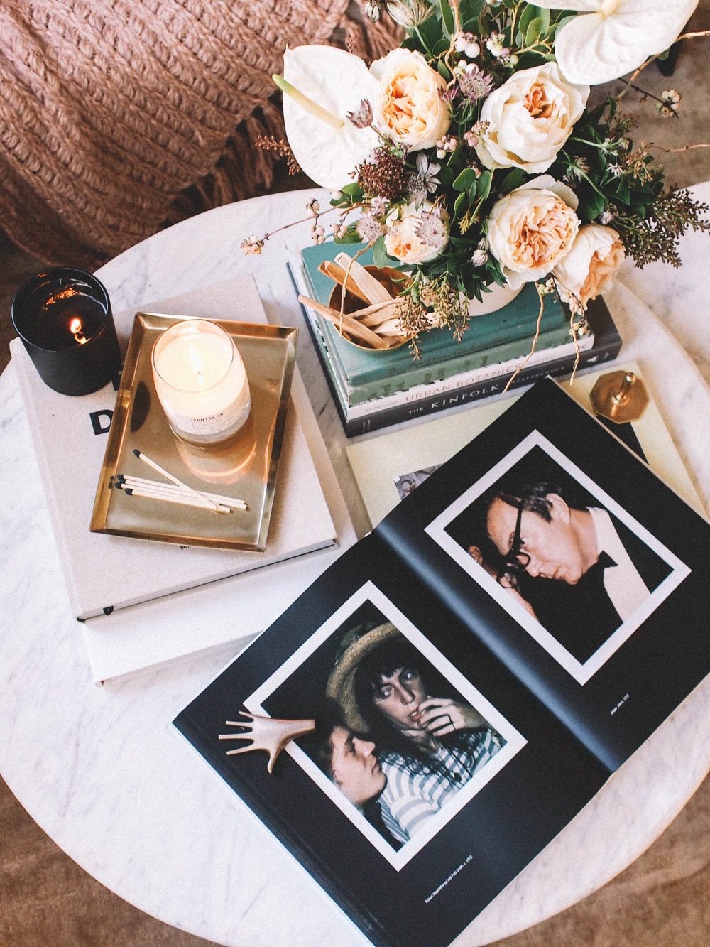 How to style your coffee table with Books | A Fabulous Fete
