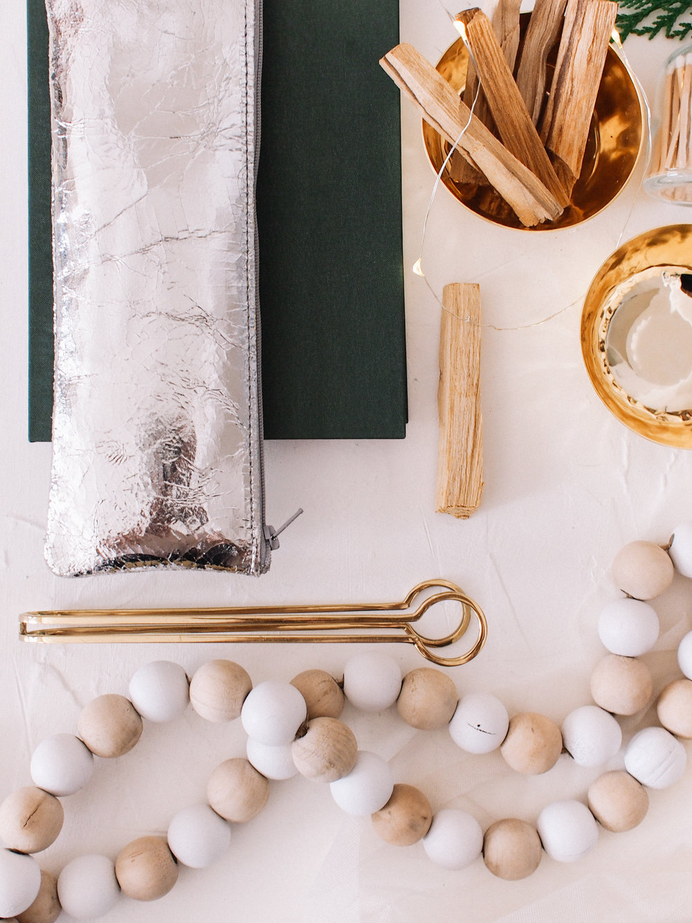 How to build a seasonal prop kit | A Fabulous Fete
