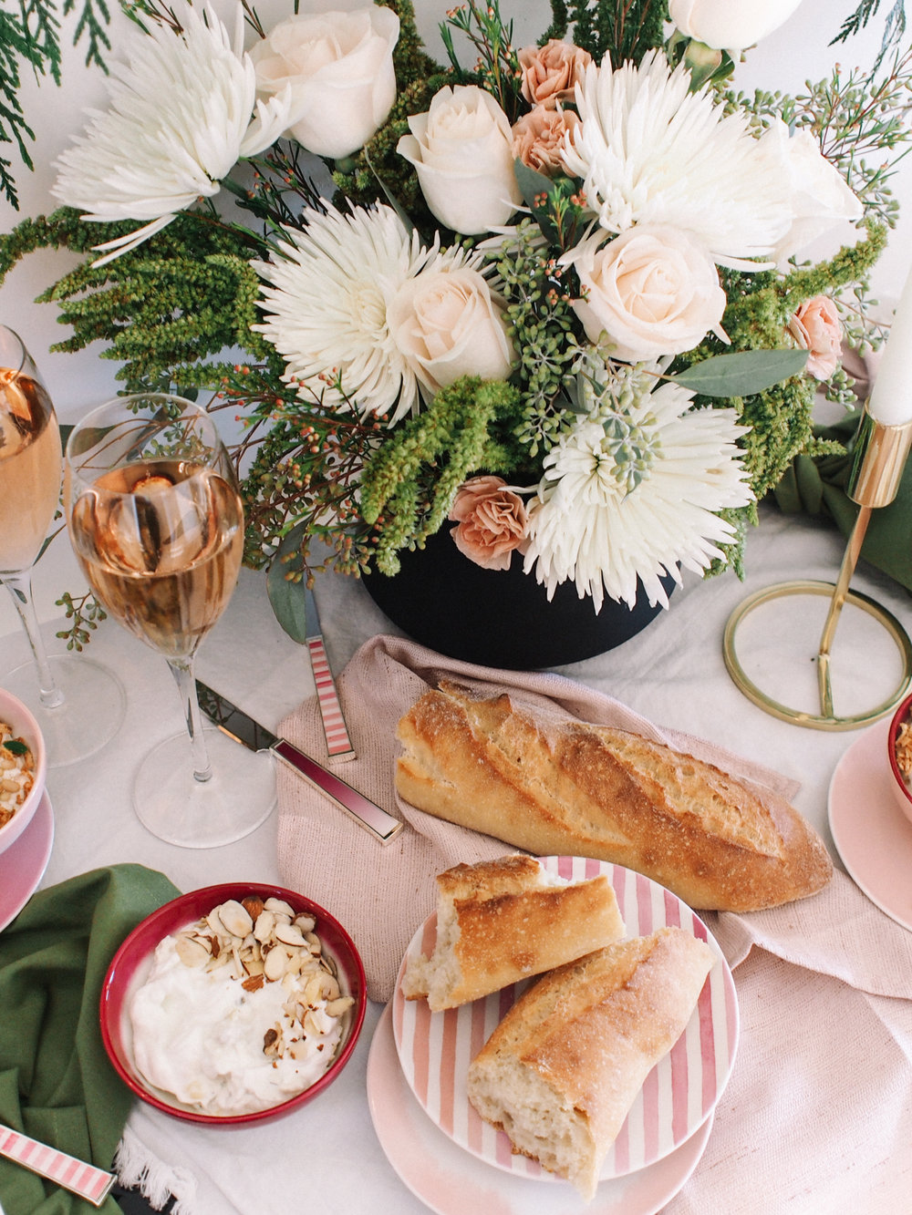 How to Host a Holiday Happy Hour | A Fabulous Fete