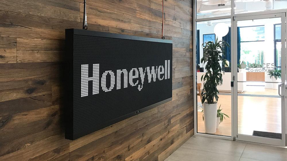 honeywell_01.jpg