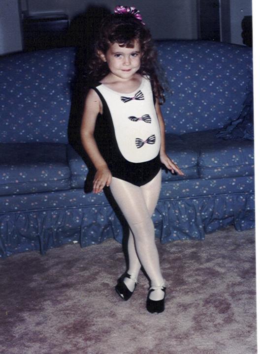 Dancer%20Julie.jpg