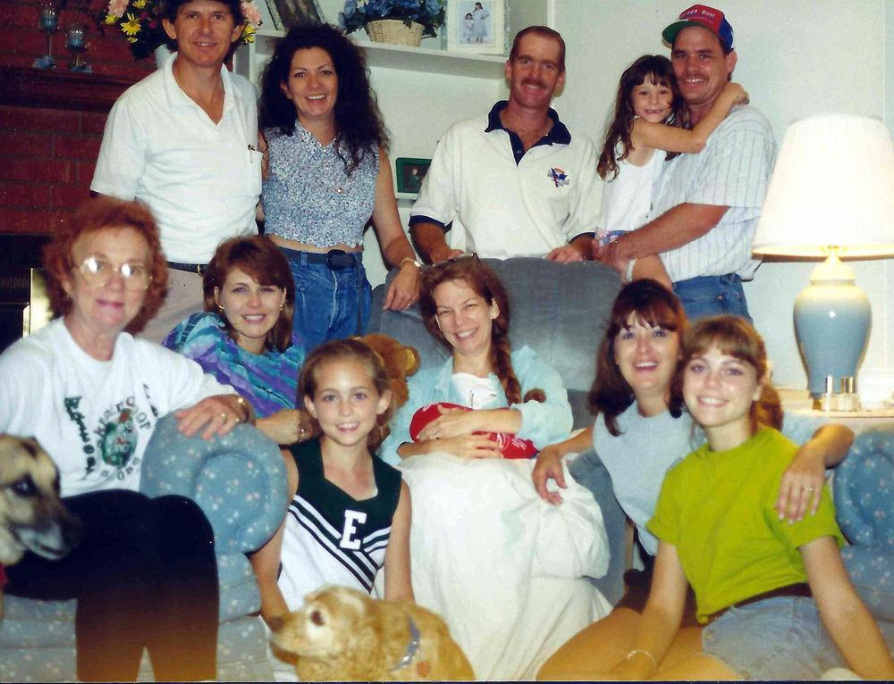 Mom and the fam when she came home from the hospital, aka, the best day ever!