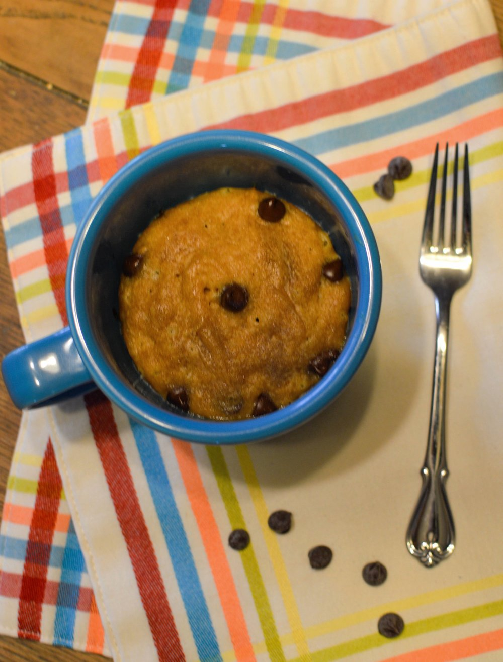 The Peanut Butter & Hey Mug Cake - For every peanut butter loving person whose needing a sugar fix without any lingering tempting morsels in the kitchen.
