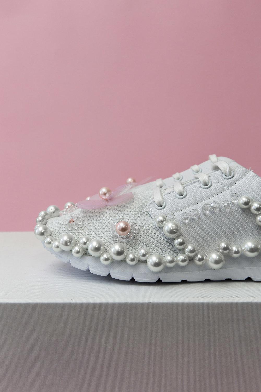 HL_Shoes_White_2.1.jpg