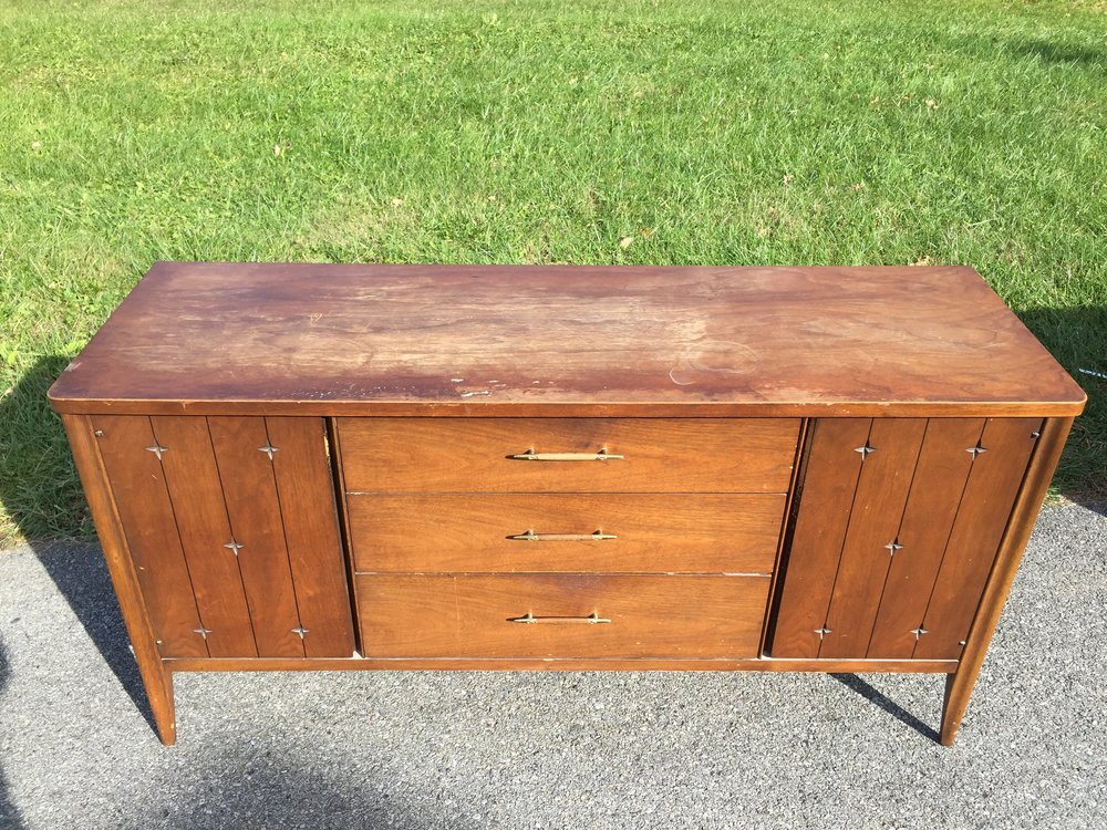 Broyhill Saga credenza. Top needs refinished for sure. $300 (will discount to $700 if you buy whole dining room)