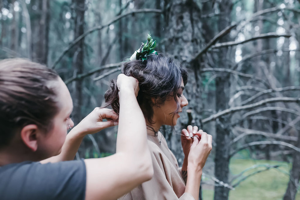 Behind The Scenes  photo:  Molly   Schikosky Photo  model:  Melanie Morales  florals:  Michelle's Flowers                   clothing:  Cub Clothing  from  Hazlewood  // Also that's me, Alauna, on the left ;)
