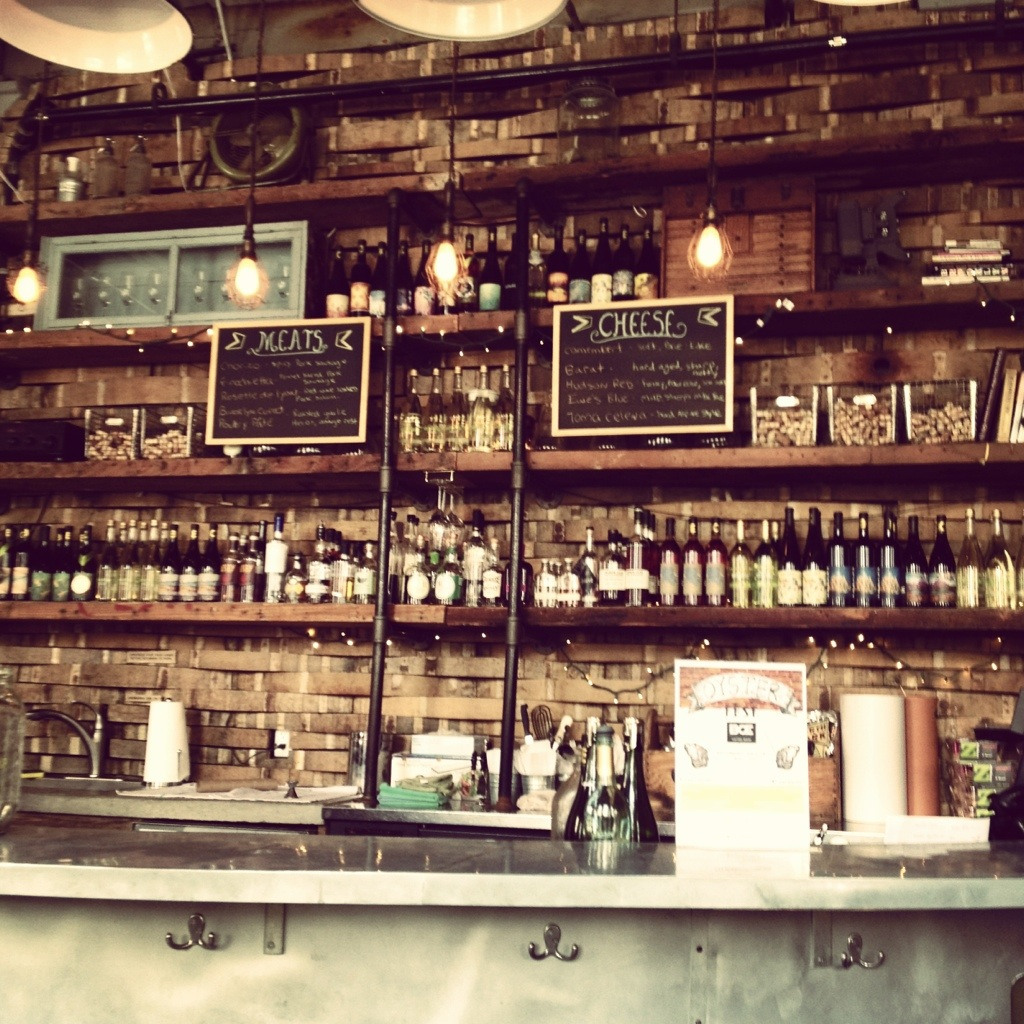 The Bar at Oenology