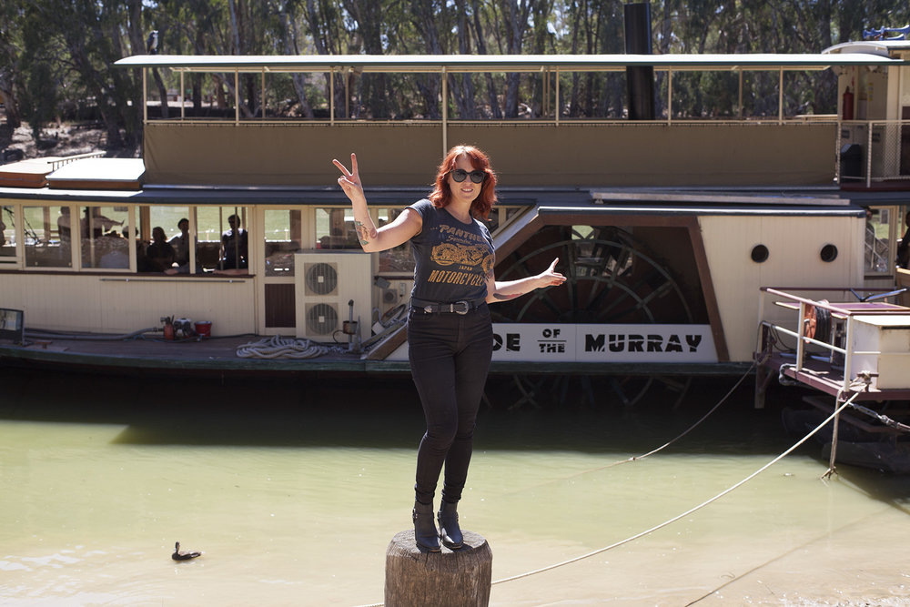Ruby Boots - Riverboats 2016 Paddlesteamer Artist