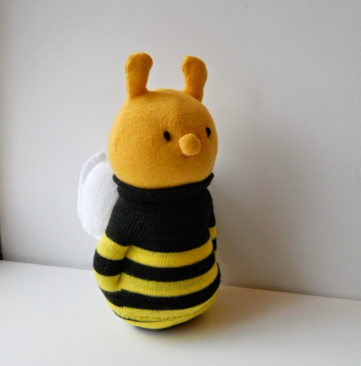 Sock Bee |  TreacherCreatures