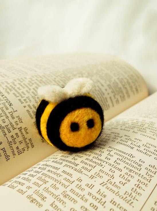 Felt Bee | handmadebybrynne