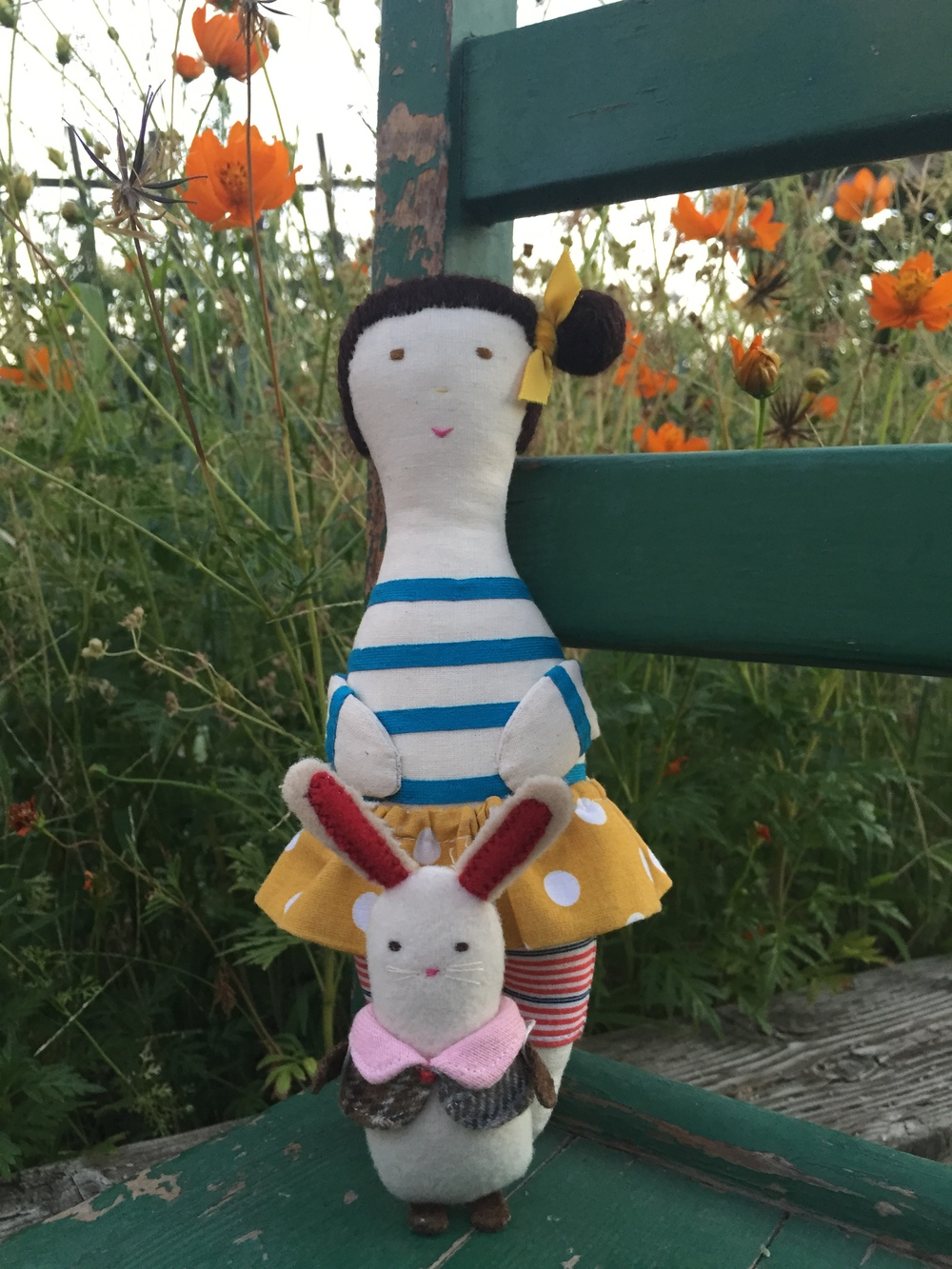 Both softies are handmade by matildebeldroega.