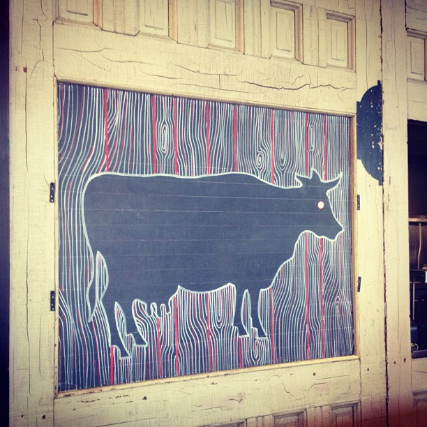 Moo #cow #percystreetbarbecue #chalkboards #woodgrain
