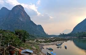 Muang Ngoi river.jpg