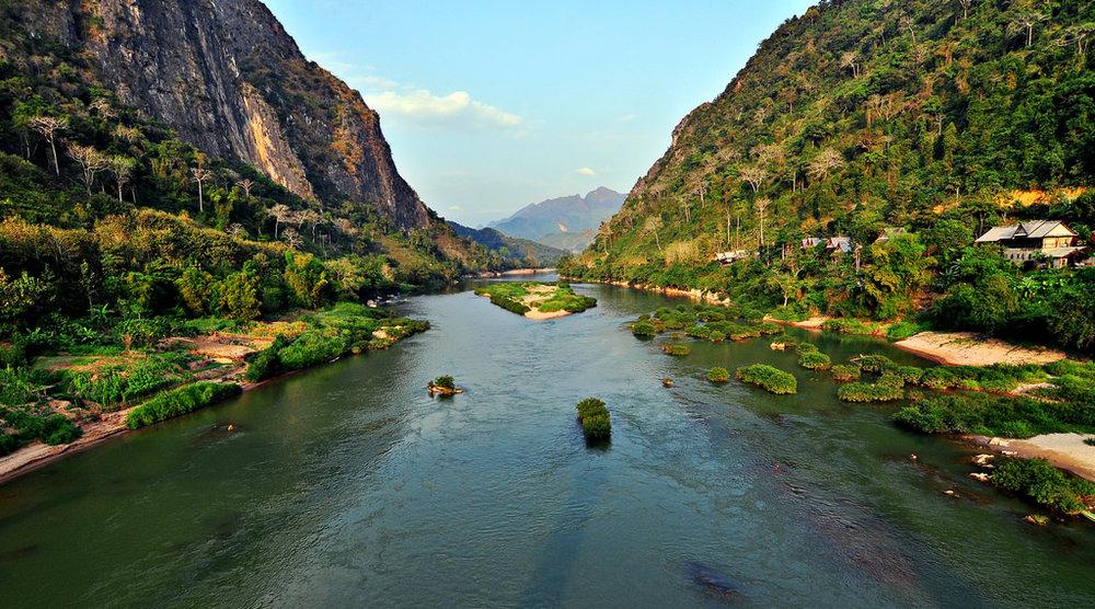 Nam Ou river.jpg