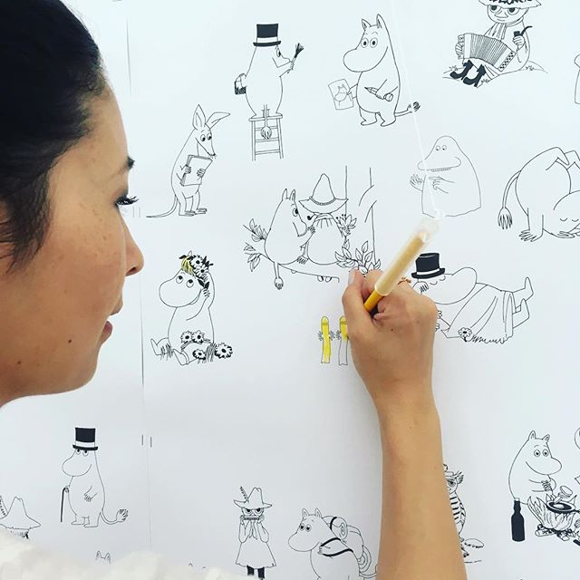 Drawing forest @catherine_cph @kunstglstrand #opening #tovejansson #newexhibition #mumitroldene #wall #coloringbook