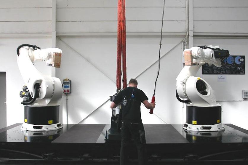 BEC mobile platform for 2 robots