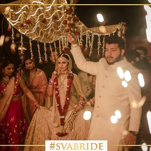 #SVABRIDE Fonal Thakkar looks replendent on her wedding day in our  gold intricate handwork lehenga.  #sva #svacouture #svabride #bride #weddings #indiantradition #indian #lehengas