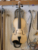 violin11.02.09.jpg