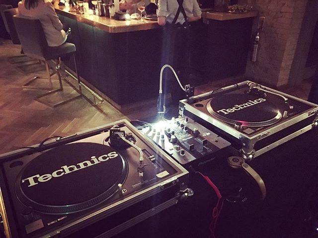 Sound check done! Back later to play lots of top tunes for some fab members who LOVE a boogie!! #🎧❤️🎵 #dj #femaledj #londondj #eventdj #party #clubnight #boogie #vinyl #vinylrecords #dance #dancing #boogienight