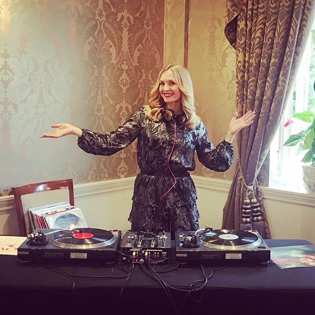Had the pleasure of DJing for @viewatiqvia the other night at the utterly beautiful @tylneyhallgardens! It was the delegates' night to let themselves go so I dug out my finest vinyl classics to help them do just that!  Thank you @mabrouka_events for the booking. 🎧❤️🎵 • • #dj #tylneyhall #tylneyhallhotel #hampshire #eventdj #femaledj #partydj #londondj #berkshire #vinyldj #vinylrecords #music #party #disco #celebration #event