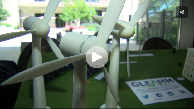 There's a new wind blowing across Texas as wind power and solar are replacing gas and coal to generate electricity for our cities. (CBS Austin)