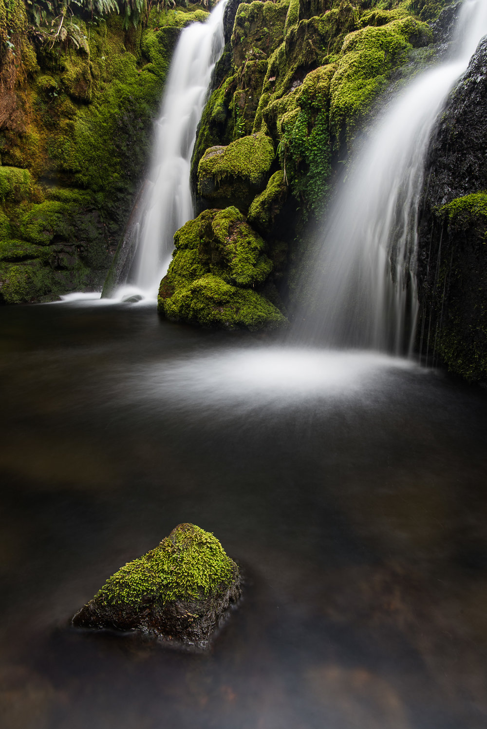 Venford Falls - Nikon D750, Nikkor 24-70 f/2.8 VR at 24 mm, f/16, 10 seconds, ISO 100, Lee Filters Polariser.