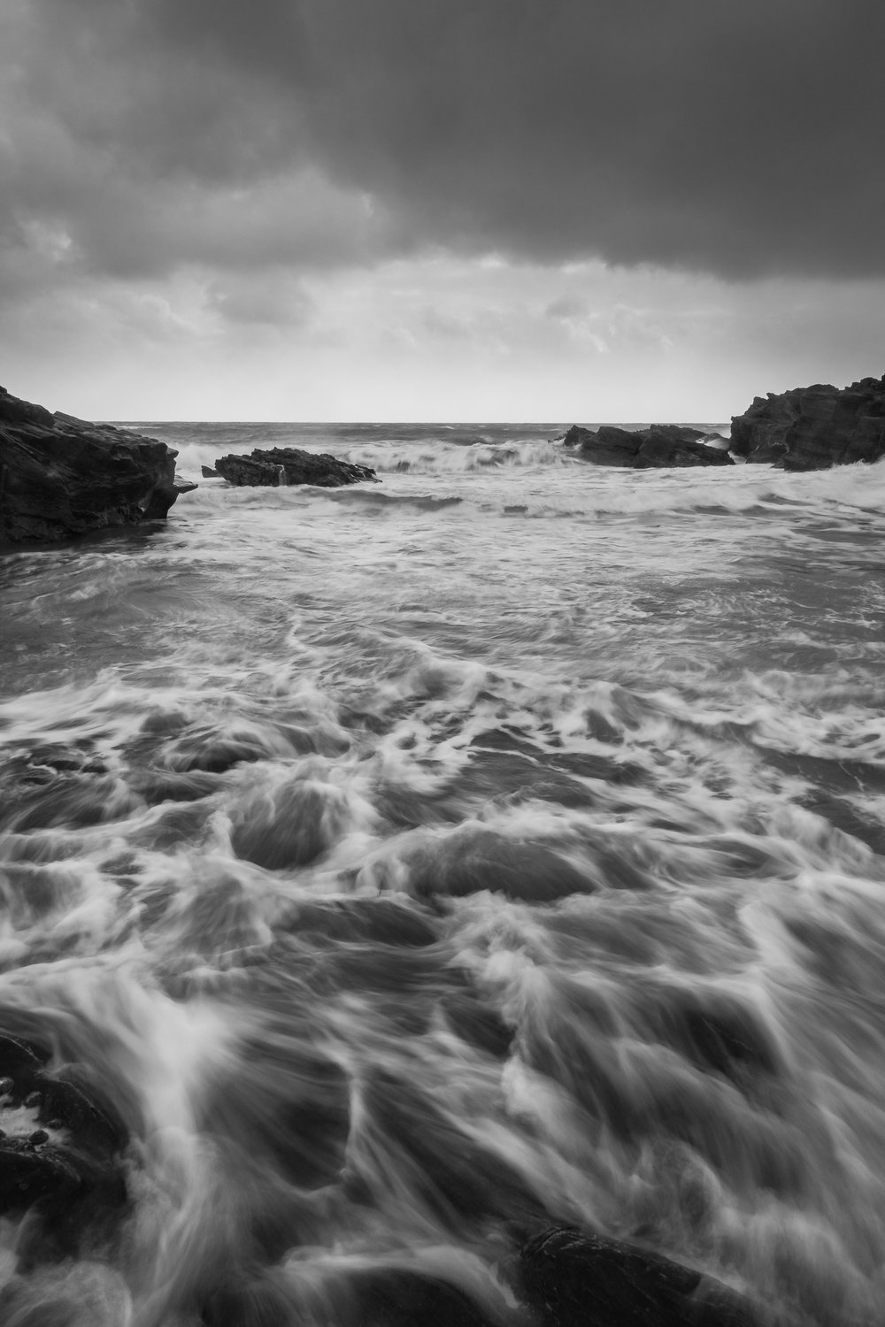 Sony RX100 M4, 8.8mm (24mm @ 35mm equiv), 1/4 sec @ f/11, ISO 80, in-camera ND filter on.  Processed and converted to black & white in Lightroom CC.