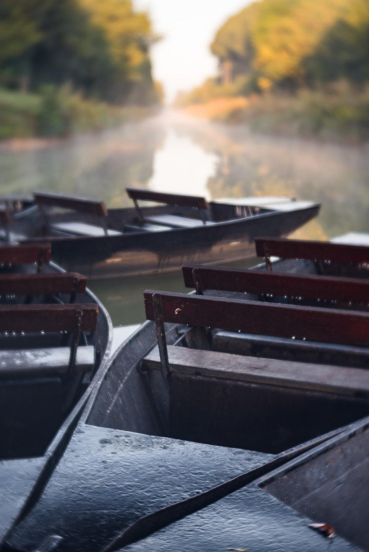 20170811-Lensbaby Velvet 56 - France Canal Boats f2.8.jpg