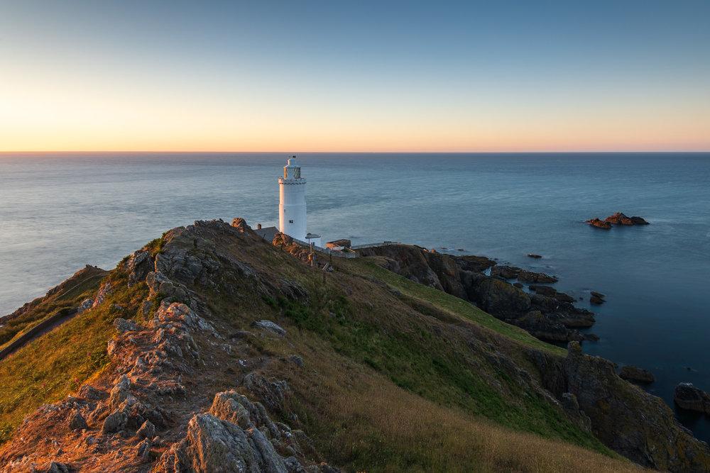 Dawn Light on Start Point Lighthouse  - Devon: Nikon D850, Nikkor 16-35 mm f/4 @ 19 mm, 10 secs @ ISO 64, f/13, Lee Filters 6 Stop IRND.