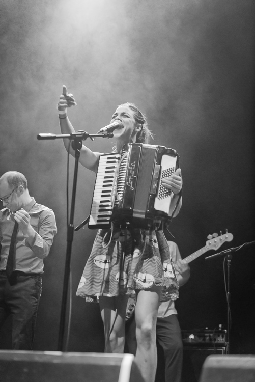 fe5bf-20140523-molotovjukebox-11.jpg