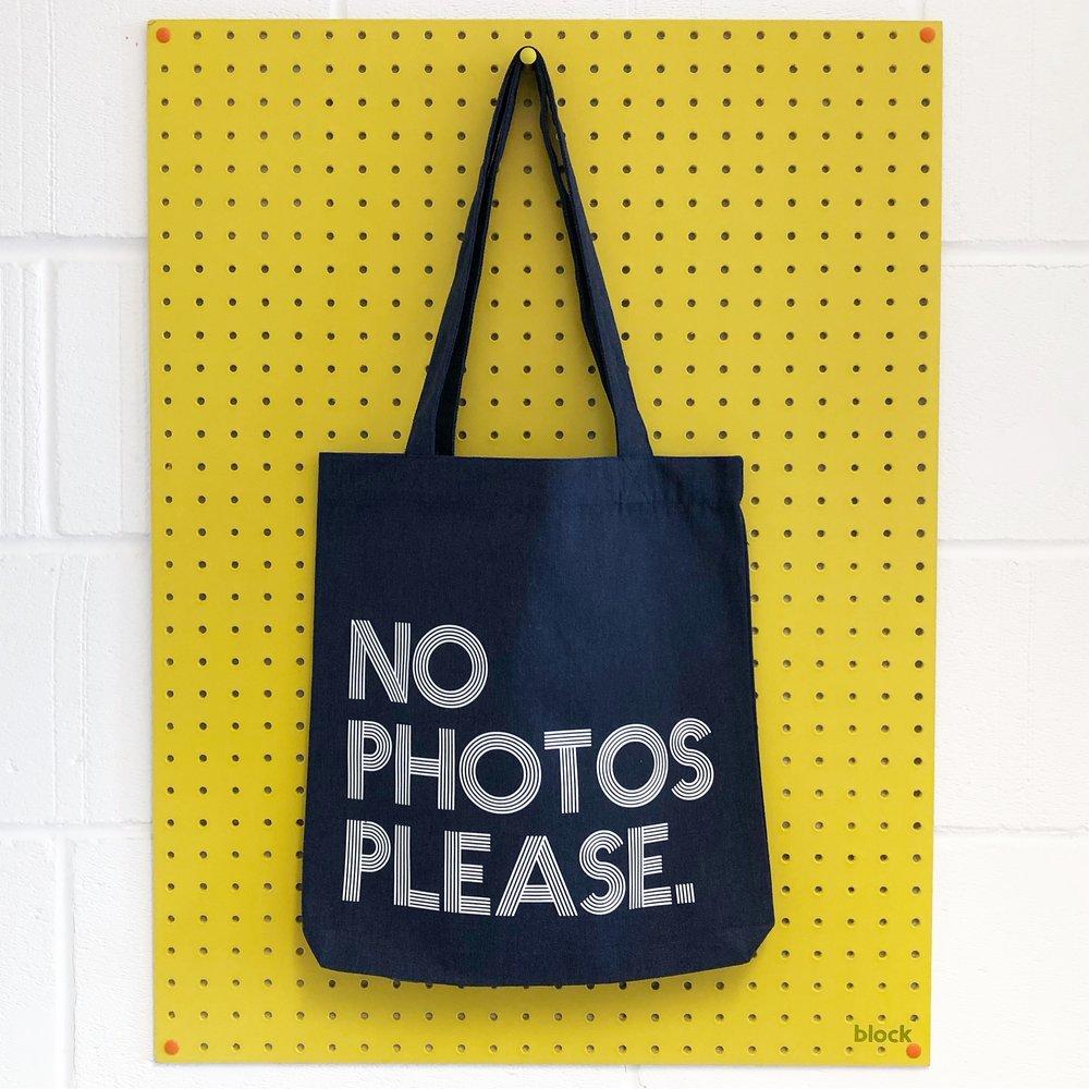"""""""No Photos Please"""" tote bag"""