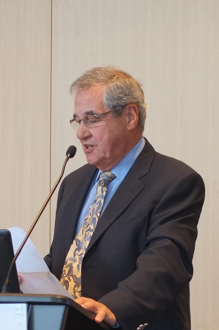 Dr. Pierre Déry