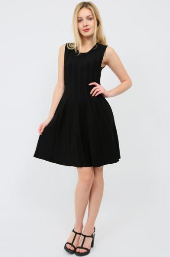 Le Closet aussi propose sa petite robe noire