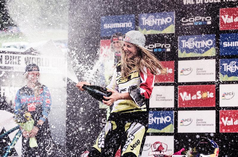 World Champion 2015: Rachel Atherton